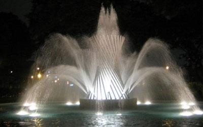 city-night-fuentes-de-lima